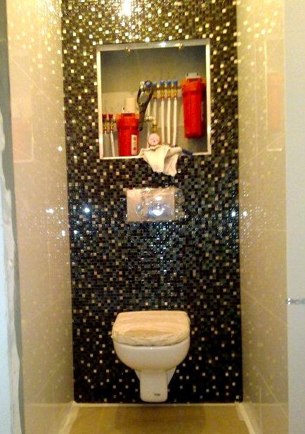 как уложить мозаику на короб в туалете